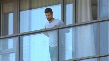 Djokovic disse que quis fazer a quarentena em Melbourne