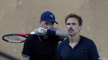Bruno Soares e Jamie Murray caem na estreia de Queen's