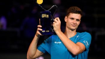 Hubert Hurkacz conquista o ATP 250 de Metz
